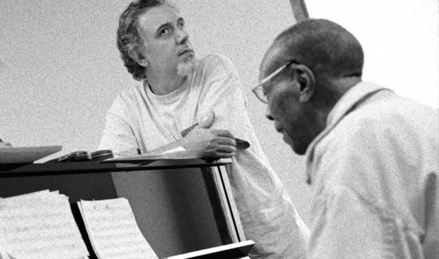 Bebo Valdés al piano con Fernando Trueba